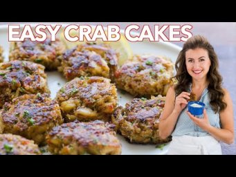 OUR FAVORITE CRAB CAKES RECIPE + DIPPING SAUCE